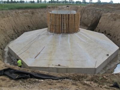 Badania defektoskopowe fundamentu turbiny wiatrowej w m. Działdowo, 2013